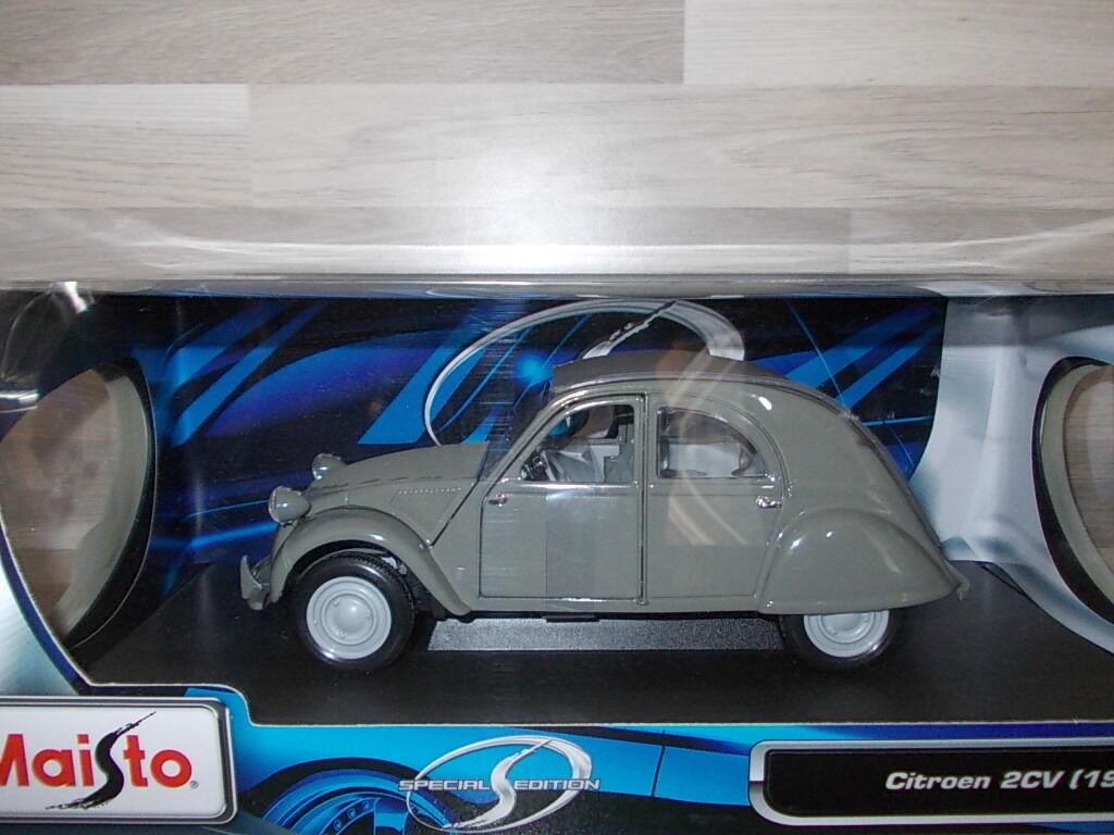 MAISTO 1 18 - Citroën 2cv 1952