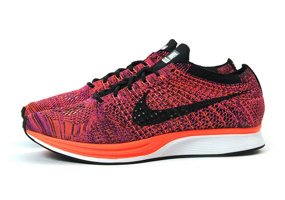 Mens Nike Flyknit Racer Black/Black Brand New Size 13