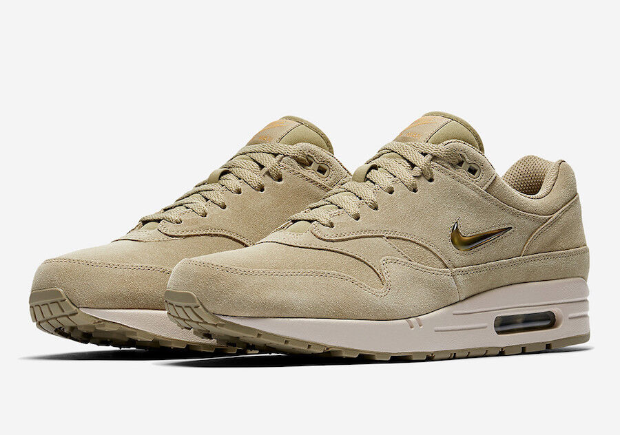 2018 Nike Air Max 1 Jewel SZ 8 Neutral Olive Metallic gold Sand 918354-201