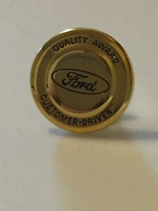 Ford-Quality-Award-Lapel-Pin-Customer-Driven-Golden-Fancy-Pin-Auto-Garage-DR3