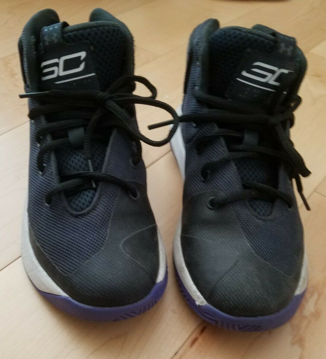 youth basketball shoes size 4