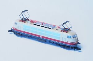 8854-Marklin-Z-scale-from-1990-039-s-TEE-Express-Loco-Class-103-DB-emblem-in-Red