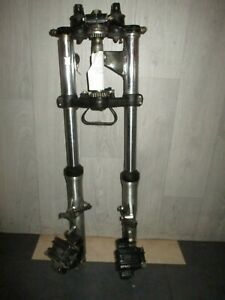 Gabel-Federgabel-Yamaha-XS-750-mit-Lampenhalter-und-Bremszangen