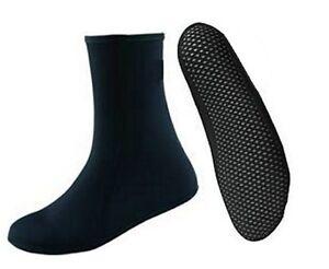 3mm-wetsuit-socks-Glued-blind-stitch-seams-grippy-sole