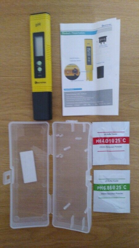 Ph testers brand with calibration powder,  batteries and carry case brand new for sale.
