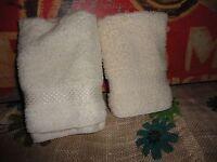 J C Penney Natural Affinity Simply Elegant Ivory (2) Washcloths 12 X 12