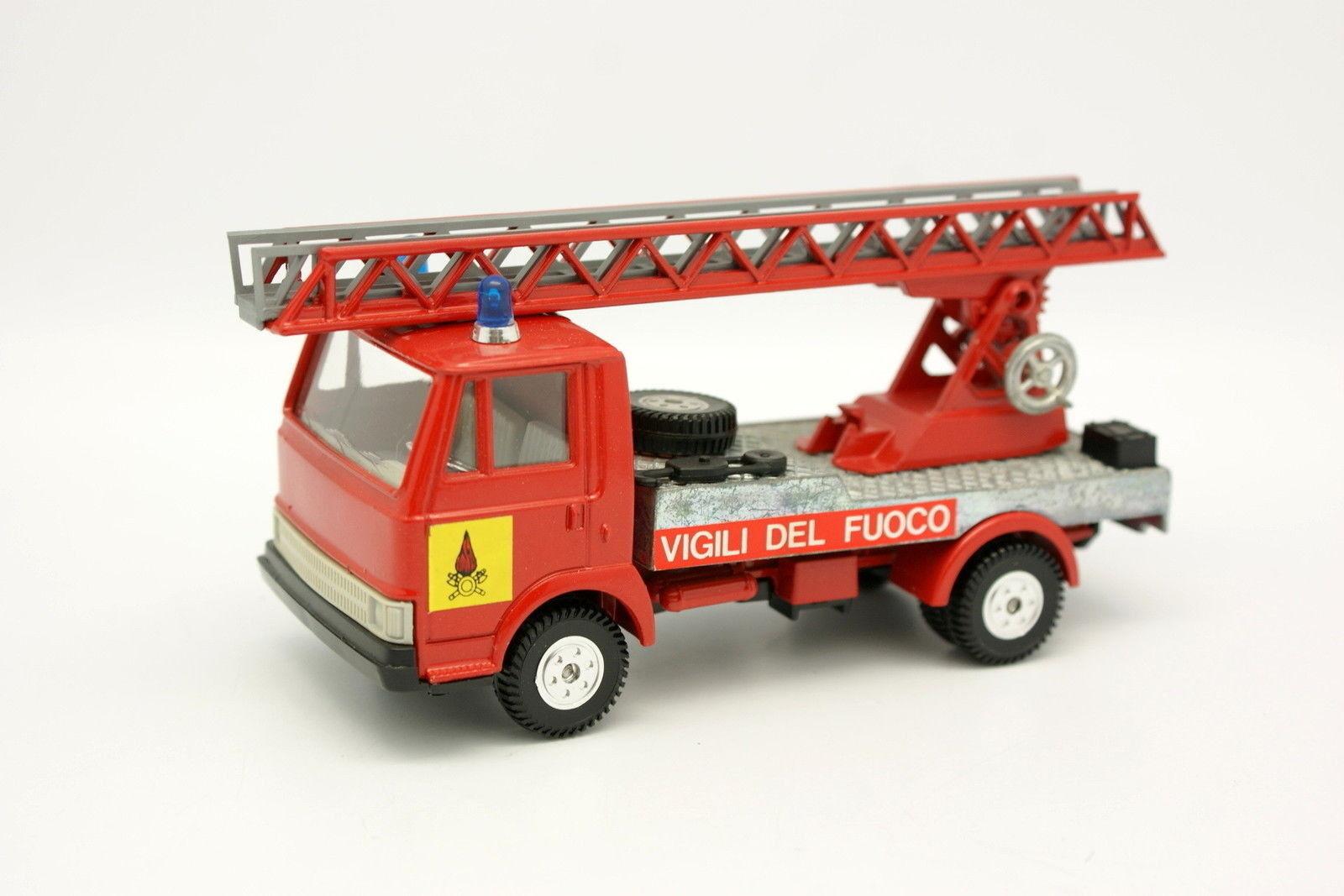 Burago 1 43 - Fiat 50 Vigili Del Fuoco Scale Firefighters