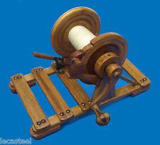 insolite bobinoir à ficelle en bois de comptoir - travail d'école ou d'apprenti