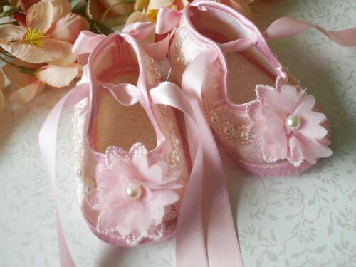 Bébé fille reborn Ivoire Rose Satin Baptême Chaussures Baptême Semelle Souple Chaussures