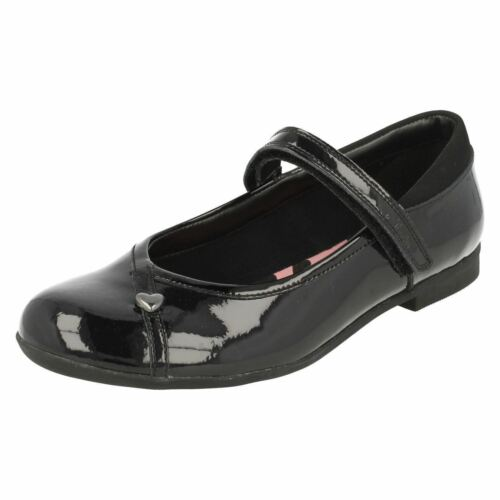 Clarks /'Dolly Babe/' Girls Black Patent Leather School Shoes Narrow E Fit