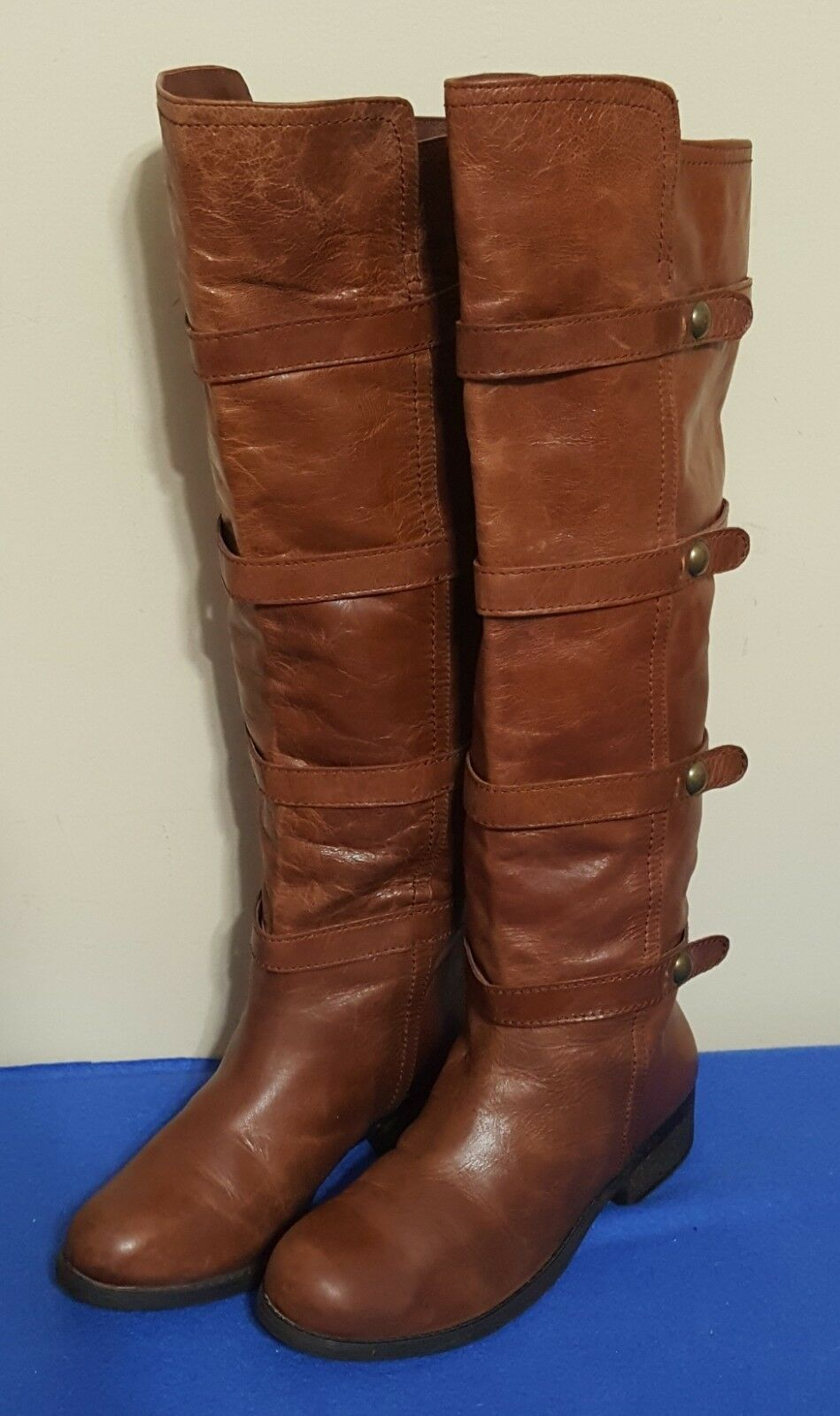 WOMENS BCBGENERATION  EQUESTRIAN LEATHER BOOTS  6.5B