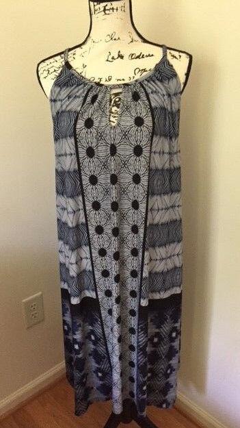 Nuevo Con Etiquetas  119.00 Tie-dye Vestido  Halter. Combo Azul. tamaño  4 (20 22-XXL)  Sin impuestos