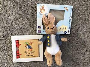 """7"""" Peter Rabbit & libro in legno realizzato per celebrare 100 anni"""