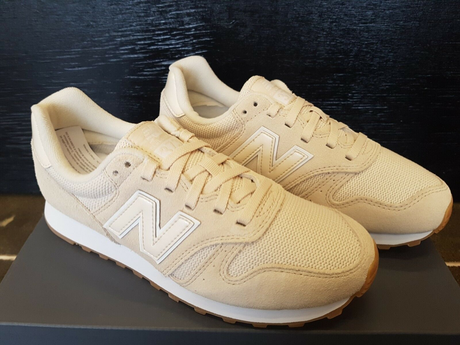 NEW IN THE BOX NEW BALANCE WL373WCG CREAM LIFESTYLE SHOES FOR WOMEN