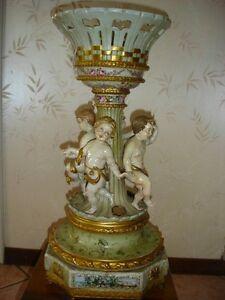Trionfo in porcellana di capodimonte putti danzanti cm for Vaso capodimonte