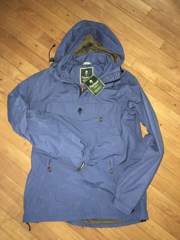 Anorak, str. 36, Pinewood. Outdoor Collection