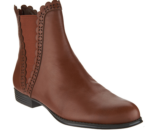 Isaac Isaac Isaac Mizrahi Live  Leather Ankle Stiefel Stiefelies Scallop Detail Chestnut damen 6W 543faa
