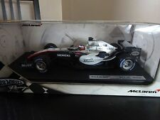 ** ** Hot Wheels Racing McLaren MP4-20 1:18 Juan Pablo Montoya ** en Caja ** ** Mercedes