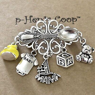 Alice In Wonderland Pin Brooch Enamel Artisan handmade USA 1165