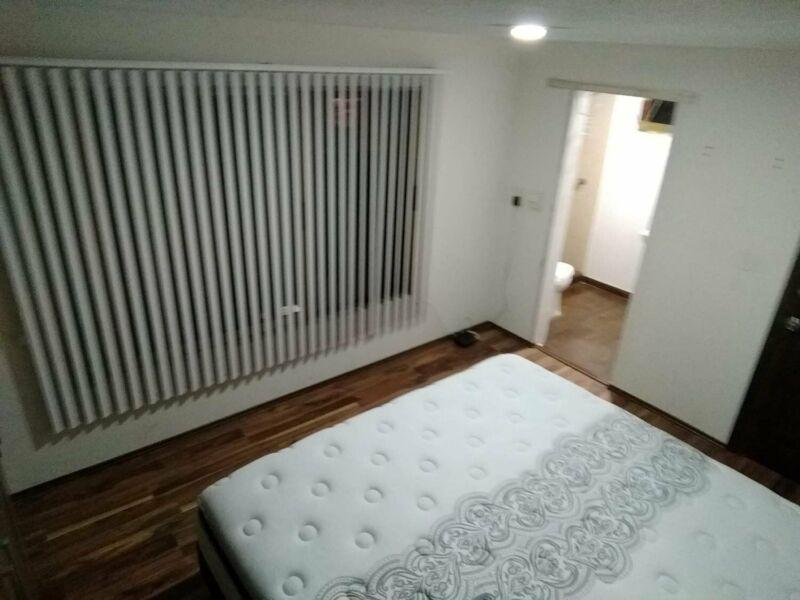 AMPLIA habitación DAMA/CABALLERO cama Queen size estudiante/PROFESIONISTA.