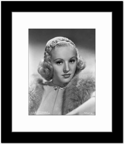 Betty Grable Portrait in Fur Boa on the Shoulder in White High Neck Shirt and Ve