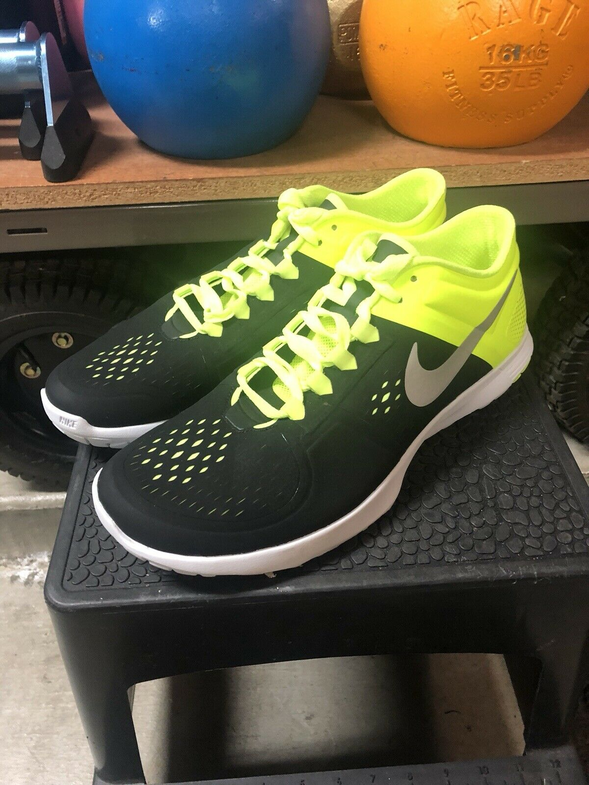Nike FitSole Mens size 11 New