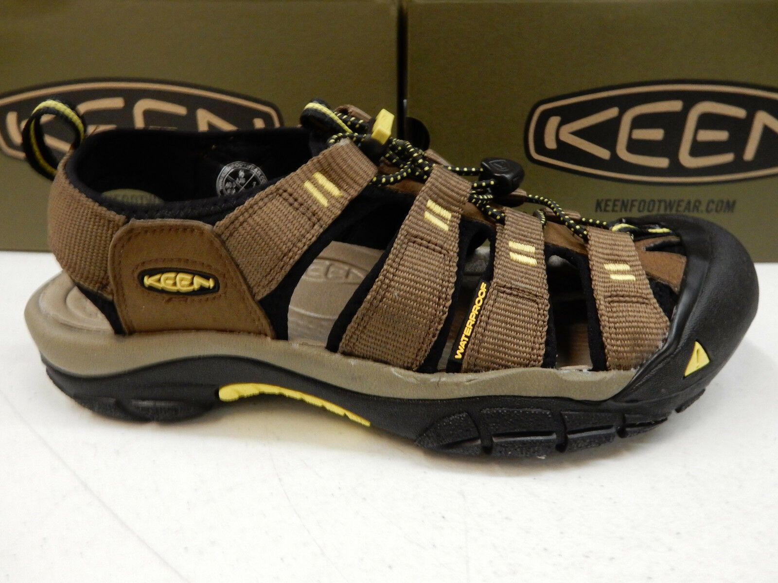 KEEN MENS SANDALS NEWPORT H2 DARK EARTH ACACIA SIZE 7