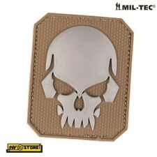 Patch in PVC SKULL Teschio Punisher 5,5 x 4 TAN Militare Softair con Velcrogrip