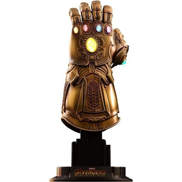 Marvel Avengers  Infinity War Infinity Gauntlet Light-Up Replica  ACS003  in vendita scontato del 70%
