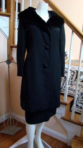 Vintage 1960s Wool Walking Suit with Sheared Fur C