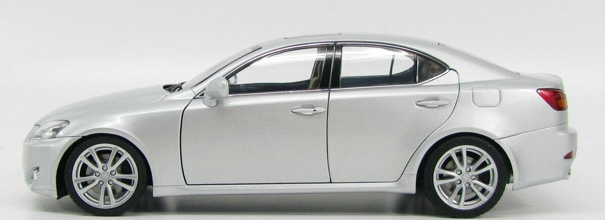 2006 Lexus IS 350 Berline gauche disque argent 1 18 par AUTOART 78813 NEW IN BOX