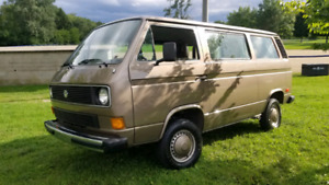 1985 Volkswagen Bus / Vanagon