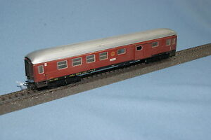 Marklin-SJ-D-Zug-Wagen-2-kl-with-bagage-compartment-TIN-PLATE