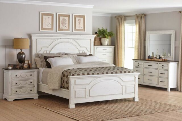 Queen Bed Nightstand Dresser Mirror