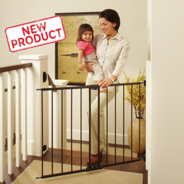 Evenflo Position Lock Wood Safety Gate Wall Walking Thru Pet Baby Secure Fence