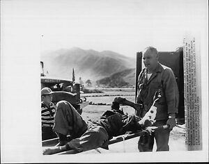 Image Is Loading Local Korean Houseboy Sees Wounded 1952 Korea War
