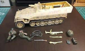 1/32 Forces of Valor German Sd. Kfz. 251/9 Kanonenwagon by Unimax