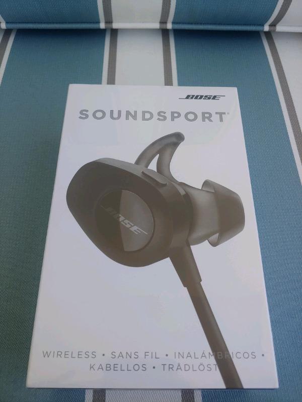 Bose SoundSport Wireless Headphones (Black / Blue ). Brand New Sealed