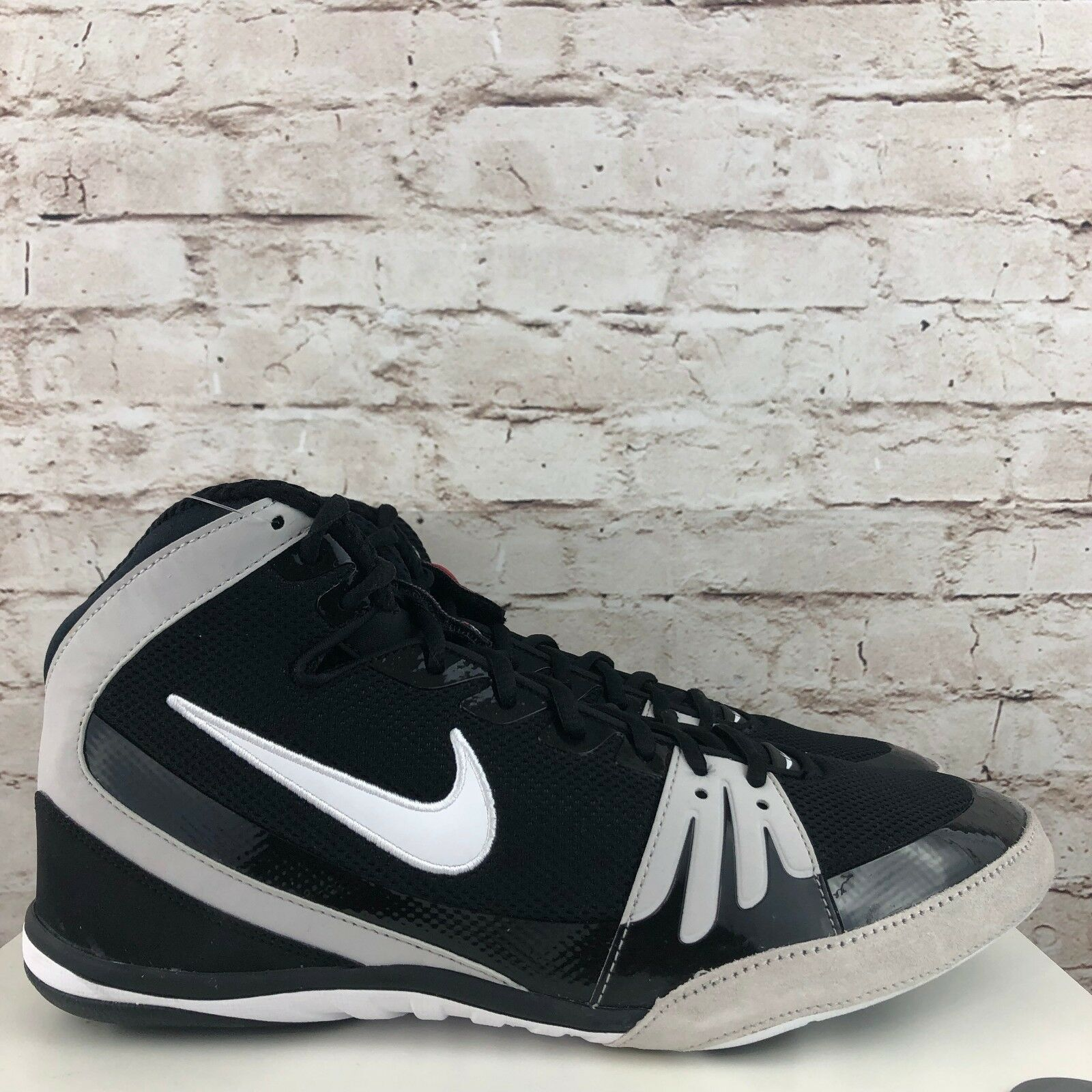 New Nike Freek Men's Wrestling shoes Black White 316403-011