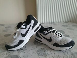 Ragazzi-Nike-Air-Max-black-Scarpe-da-ginnastica-LB-Ragazzi-Bianco-AA3507-101-Taglia-3uk