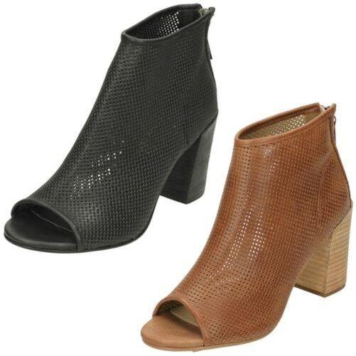 Ladies Savannah Perforated Peep Toe Ankle Boots