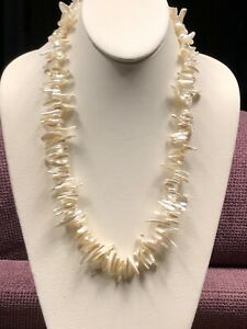 Vintage imitation White Biwa pearl beaded Sneaked Necklace Barrel Clasp 23 Long