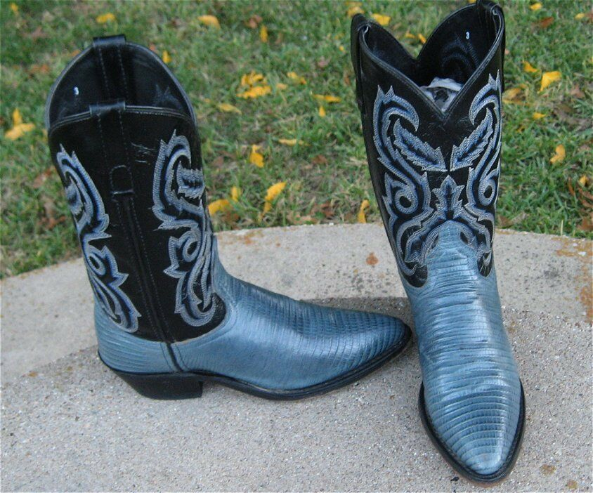 EMBOSSED LIZARD COWGIRL BOOTS  LADIES  6'M