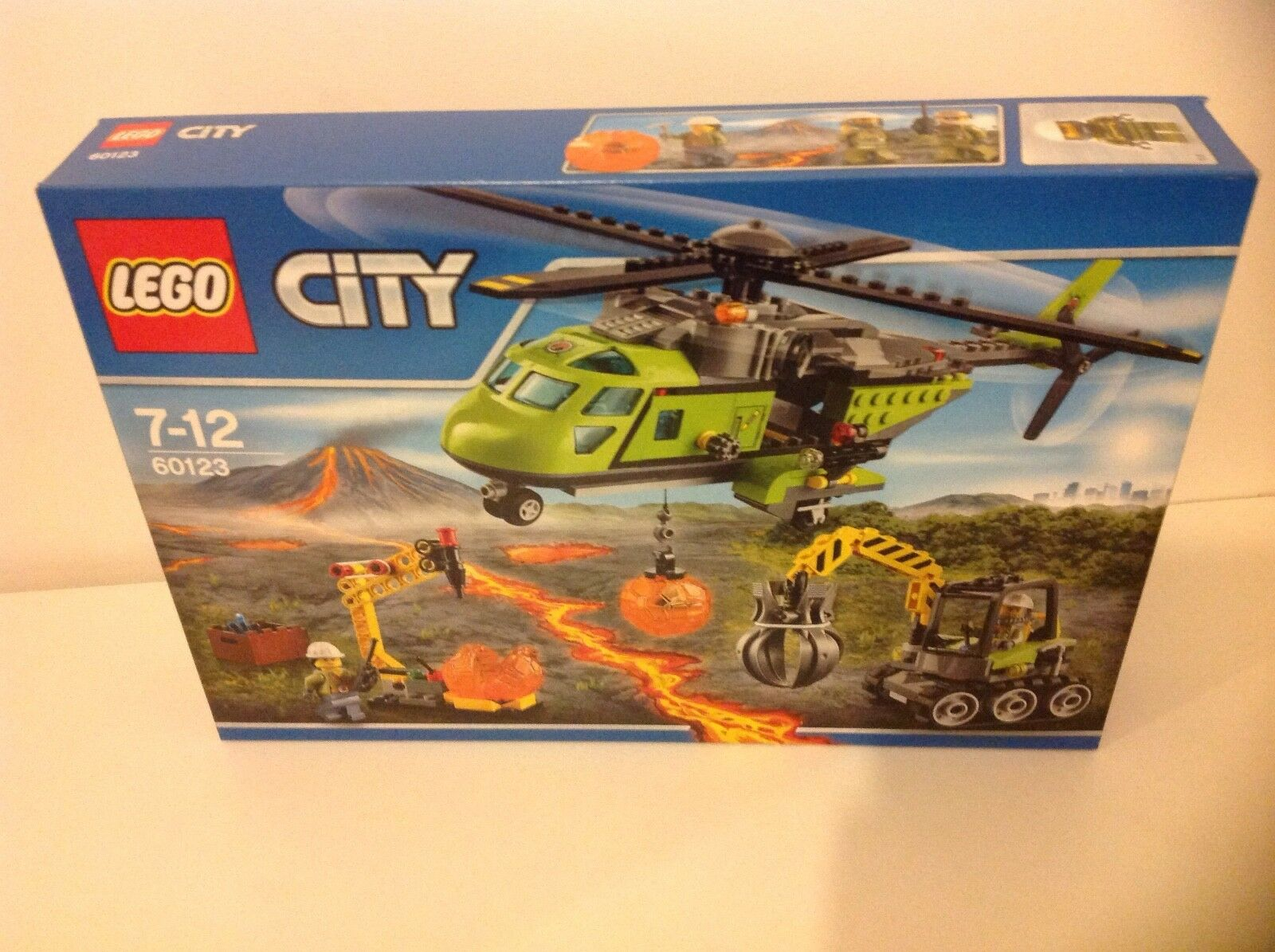 New Lego 60123 City In Out Volcano Supply Helicopter Set With 3 Mini Figures.