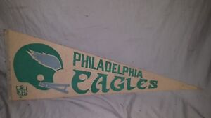 VINTAGE-PHILADELPHIA-EAGLES-PENNANT