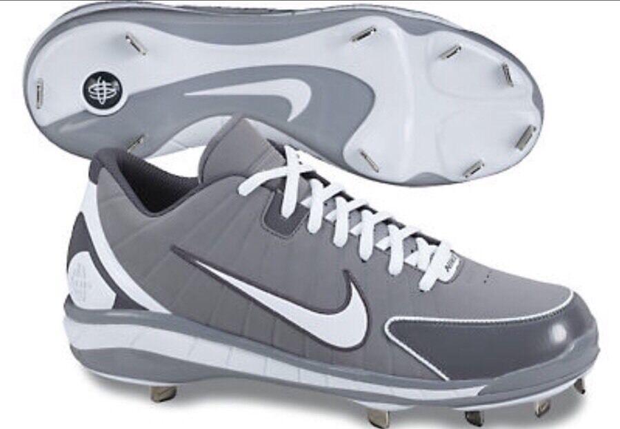 Mens Nike 469729-002 Huarache Baseball Metal Cleat Shoes Sz 13 NWOB Grey/White
