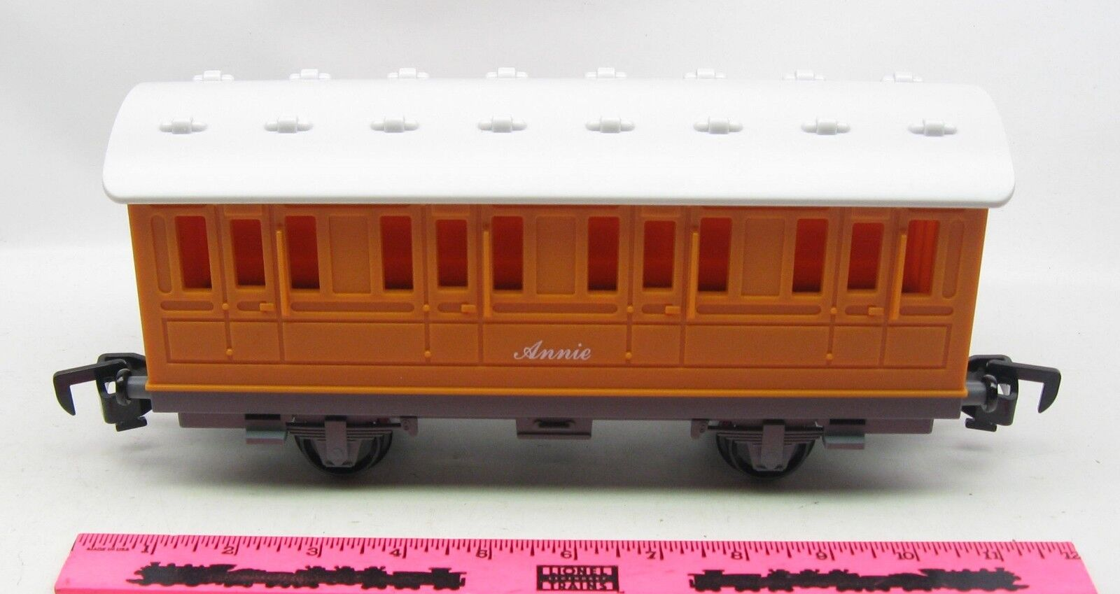 Lionel  Annie Passenger car Thomas & Friends Ready-to-Play 2018