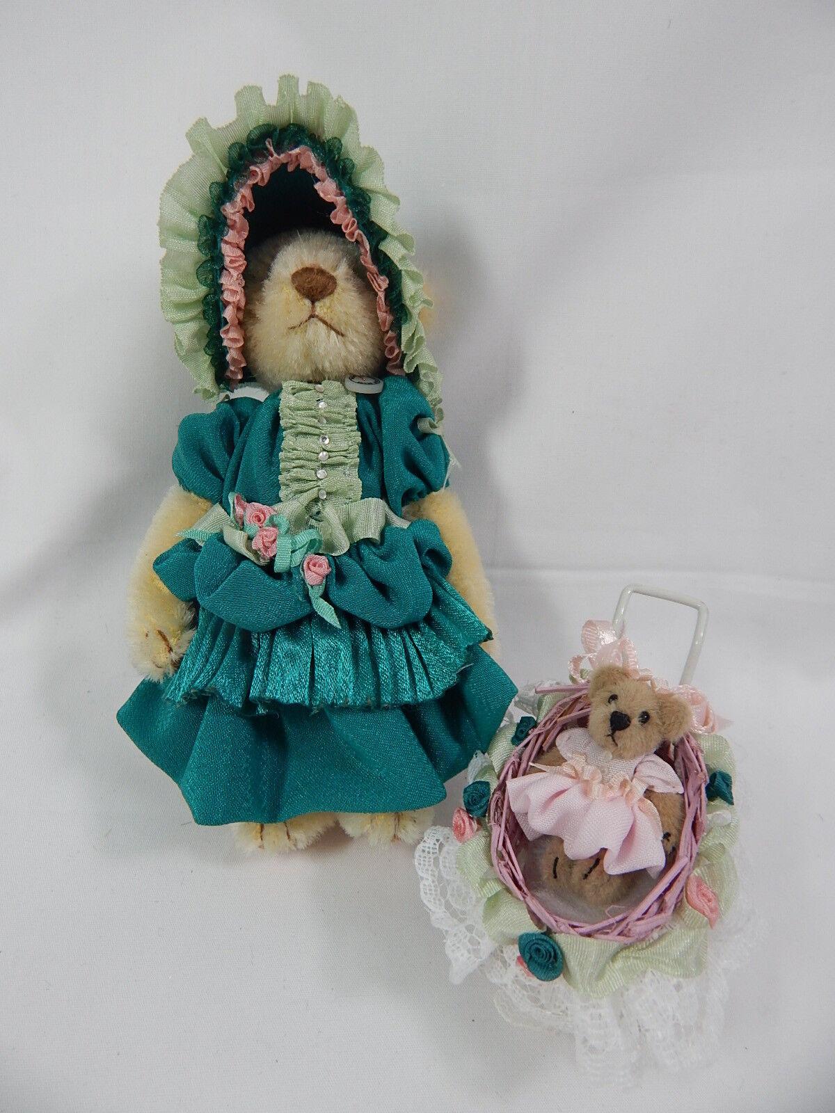 World of Miniature Bears 5   German Mohair Bear Tina & Tot  887