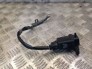Toyota 85310-20160 Windshield Washer Pump