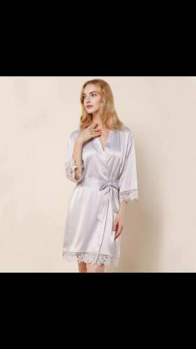 Personalised bridal robe Satin lace dressing gown Bride dressing gown